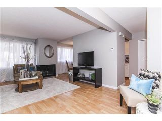 Photo 6: 1 6424 4 Street NE in Calgary: Thorncliffe House for sale : MLS®# C4035130