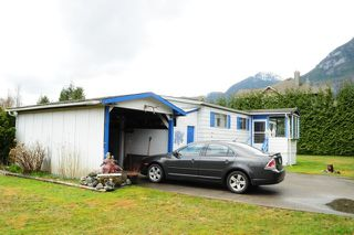 "Photo 5: 29 39768 GOVERNMENT Road in Squamish: Northyards Manufactured Home for sale in ""THREE RIVERS"" : MLS®# R2051629"