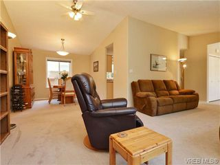 Photo 5: 95 7570 Tetayut Road in SAANICHTON: CS Hawthorne Single Family Detached for sale (Central Saanich)  : MLS®# 362910