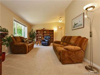 Photo 2: 95 7570 Tetayut Road in SAANICHTON: CS Hawthorne Single Family Detached for sale (Central Saanich)  : MLS®# 362910