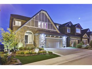 Main Photo: 220 SPRINGBLUFF Heights SW in Calgary: Springbank Hill House for sale : MLS®# C4063647
