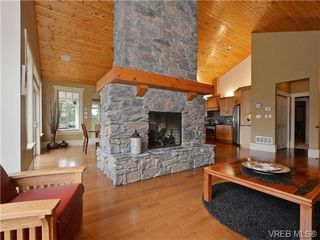 Photo 3: 1290 Eston Pl in VICTORIA: La Bear Mountain Single Family Detached for sale (Langford)  : MLS®# 732009