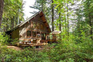 "Photo 1: 6 RIDGE Drive in Whistler: Black Tusk - Pinecrest House for sale in ""Pinecrest Estates"" : MLS®# R2077605"