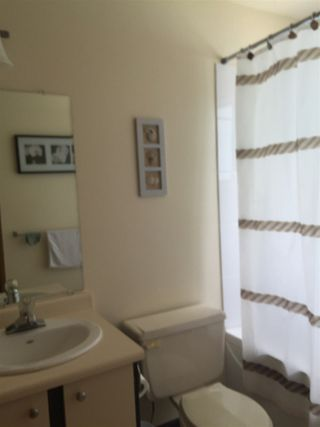 """Photo 8: 20 822 GIBSONS Way in Gibsons: Gibsons & Area Condo for sale in """"THE MANSE"""" (Sunshine Coast)  : MLS®# R2091759"""