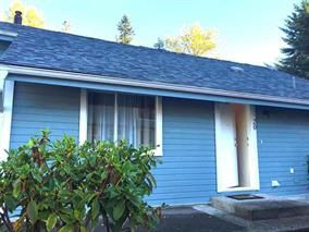 """Photo 1: 20 822 GIBSONS Way in Gibsons: Gibsons & Area Condo for sale in """"THE MANSE"""" (Sunshine Coast)  : MLS®# R2091759"""