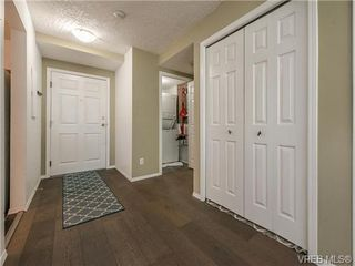 Photo 11: 104 1007 Caledonia Ave in VICTORIA: Vi Central Park Condo for sale (Victoria)  : MLS®# 739752