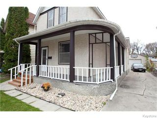 Photo 2: 209 Thomas Berry Street in Winnipeg: St Boniface Residential for sale (2A)  : MLS®# 1627237