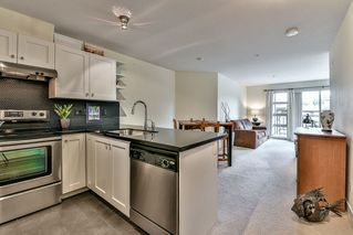 """Photo 11: 209 738 E EAST 29TH Avenue in Vancouver: Fraser VE Condo for sale in """"CENTURY"""" (Vancouver East)  : MLS®# R2119813"""