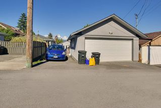 Photo 4: 4236 ETON Street in Burnaby: Vancouver Heights House for sale (Burnaby North)  : MLS®# R2126588