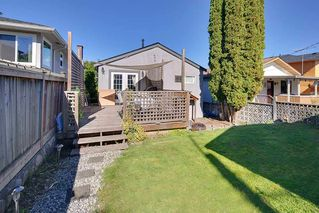 Photo 3: 4236 ETON Street in Burnaby: Vancouver Heights House for sale (Burnaby North)  : MLS®# R2126588