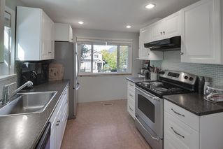 Photo 14: 4236 ETON Street in Burnaby: Vancouver Heights House for sale (Burnaby North)  : MLS®# R2126588
