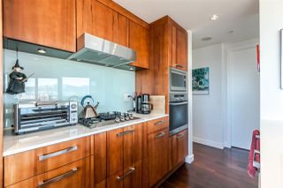 "Photo 12: 1105 1565 W 6TH Avenue in Vancouver: False Creek Condo for sale in ""6th & Fir"" (Vancouver West)  : MLS®# R2138649"