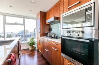 "Photo 13: 1105 1565 W 6TH Avenue in Vancouver: False Creek Condo for sale in ""6th & Fir"" (Vancouver West)  : MLS®# R2138649"