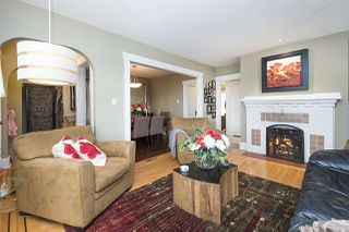 "Photo 2: 3560 W 18TH Avenue in Vancouver: Dunbar House for sale in ""Dunbar"" (Vancouver West)  : MLS®# R2166225"