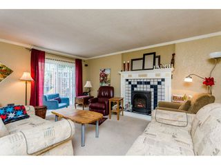 Photo 3: 5678 182 STREET in Cloverdale: Home for sale : MLS®# R2080801