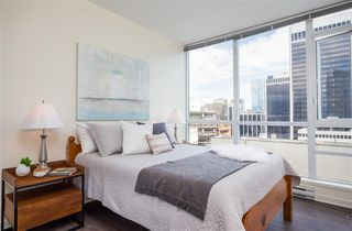 Photo 5: 2304 1189 MELVILLE STREET in VANCOUVER: Coal Harbour Condo for sale (Vancouver West)  : MLS®# R2188417