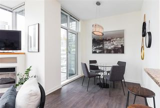 Photo 4: 2304 1189 MELVILLE STREET in VANCOUVER: Coal Harbour Condo for sale (Vancouver West)  : MLS®# R2188417