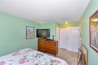 Photo 14: 106 2529 Wark Street in VICTORIA: Vi Hillside Condo Apartment for sale (Victoria)  : MLS®# 381521