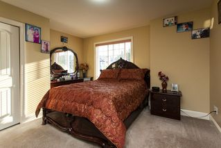 "Photo 13: 14851 71 Avenue in Surrey: East Newton House for sale in ""E. NEWTON/W. SULLIVAN"" : MLS®# R2205640"