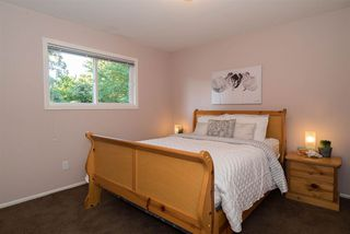 Photo 12: 22238 46TH Avenue in Langley: Murrayville House for sale : MLS®# R2208405
