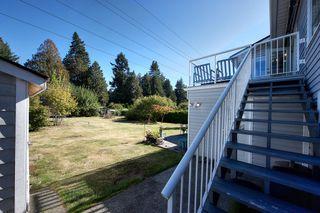 "Photo 15: 1558 53A Street in Delta: Cliff Drive House for sale in ""TSAWWASSEN CENTRAL"" (Tsawwassen)  : MLS®# R2210215"