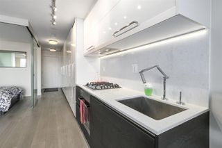"Photo 5: 711 189 KEEFER Street in Vancouver: Downtown VE Condo for sale in ""KEEFER BLOCK"" (Vancouver East)  : MLS®# R2217434"