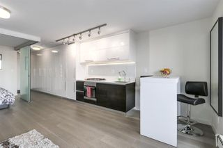 "Photo 4: 711 189 KEEFER Street in Vancouver: Downtown VE Condo for sale in ""KEEFER BLOCK"" (Vancouver East)  : MLS®# R2217434"