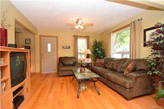 Photo 5: 219 Oakland Avenue in Winnipeg: North Kildonan Residential for sale (3F)  : MLS®# 1729539