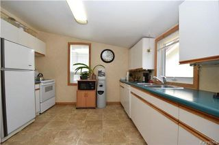 Photo 8: 219 Oakland Avenue in Winnipeg: North Kildonan Residential for sale (3F)  : MLS®# 1729539