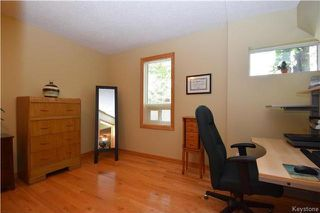Photo 12: 219 Oakland Avenue in Winnipeg: North Kildonan Residential for sale (3F)  : MLS®# 1729539