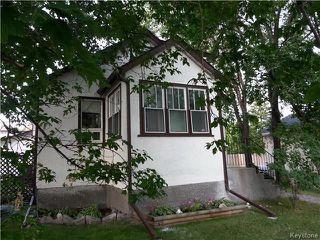 Photo 1: 219 Oakland Avenue in Winnipeg: North Kildonan Residential for sale (3F)  : MLS®# 1729539