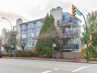 Photo 1: 9 1606 W 10TH Avenue in Vancouver: Fairview VW Condo for sale (Vancouver West)  : MLS®# R2224878