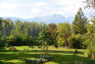 Photo 2: 2085 22ND Avenue in Smithers: Smithers - Rural House for sale (Smithers And Area (Zone 54))  : MLS®# R2243353