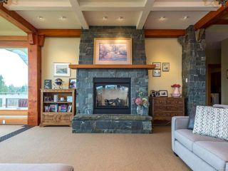 Photo 15: 541 3666 Royal Vista Way in COURTENAY: CV Crown Isle Condo for sale (Comox Valley)  : MLS®# 781105