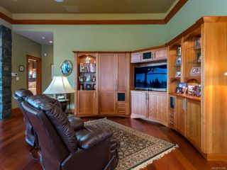 Photo 13: 541 3666 Royal Vista Way in COURTENAY: CV Crown Isle Condo for sale (Comox Valley)  : MLS®# 781105