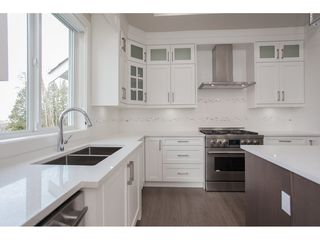 Photo 7: 2923 161A Street in Surrey: Grandview Surrey House for sale (South Surrey White Rock)  : MLS®# R2163769
