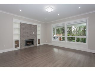 Photo 3: 2923 161A Street in Surrey: Grandview Surrey House for sale (South Surrey White Rock)  : MLS®# R2163769