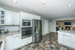 "Photo 18: 2028 SAXBEE Court in Abbotsford: Abbotsford East House for sale in ""McMillan/Everett"" : MLS®# R2252183"