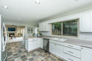 "Photo 16: 2028 SAXBEE Court in Abbotsford: Abbotsford East House for sale in ""McMillan/Everett"" : MLS®# R2252183"