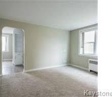 Photo 5: 3 1812 Portage Avenue in Winnipeg: St James Condominium for sale (5E)  : MLS®# 1807785