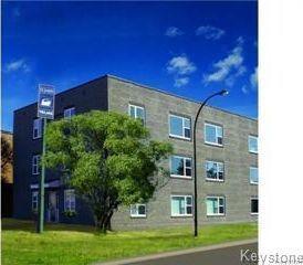Photo 1: 3 1812 Portage Avenue in Winnipeg: St James Condominium for sale (5E)  : MLS®# 1807785