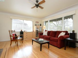 Photo 2: 2859 Colquitz Avenue in VICTORIA: SW Gorge Single Family Detached for sale (Saanich West)  : MLS®# 389816