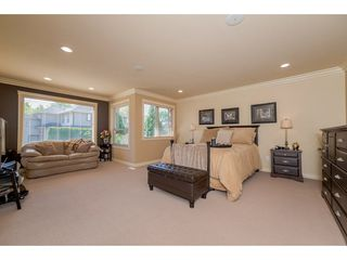 """Photo 12: 20618 98 Avenue in Langley: Walnut Grove House for sale in """"Derby Hill"""" : MLS®# R2268676"""