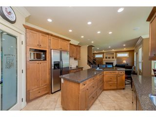 """Photo 8: 20618 98 Avenue in Langley: Walnut Grove House for sale in """"Derby Hill"""" : MLS®# R2268676"""