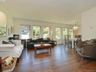 Photo 2: 4275 Baylis Pl in VICTORIA: SE Gordon Head House for sale (Saanich East)  : MLS®# 788741