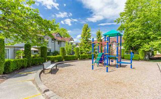 """Photo 20: 10 8716 WALNUT GROVE Drive in Langley: Walnut Grove Townhouse for sale in """"WILLOW ARBOUR"""" : MLS®# R2285019"""