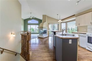 Photo 10: 222 SCENIC VIEW Bay NW in Calgary: Scenic Acres House for sale : MLS®# C4188448