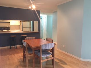 "Photo 5: 303 1510 W 1ST Avenue in Vancouver: False Creek Condo for sale in ""MARINERS POINT"" (Vancouver West)  : MLS®# R2296152"