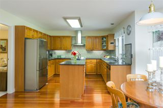 Photo 2: 1080 CLEMENTS Avenue in North Vancouver: Canyon Heights NV House for sale : MLS®# R2298872