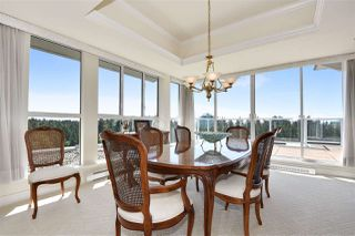 """Photo 3: 1700 5615 HAMPTON Place in Vancouver: University VW Condo for sale in """"The Balmoral"""" (Vancouver West)  : MLS®# R2299628"""